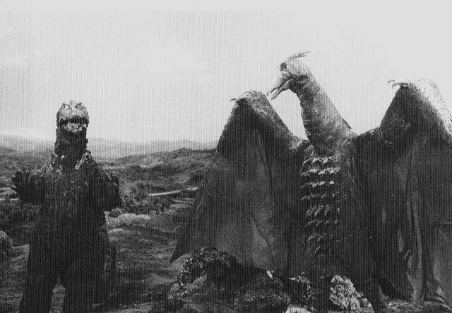 File:GT3HM - Godzilla and Rodan.jpg