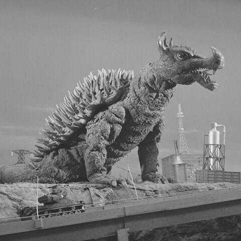 File:Godzilla.jp - 12 - GiganAngira Anguirus 1972.jpg