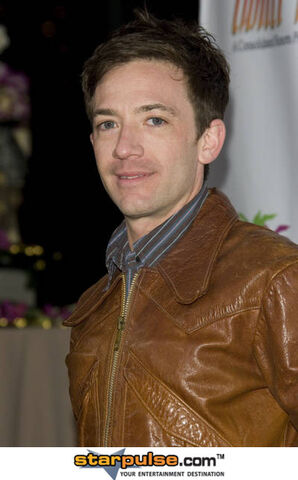 File:David Faustino-CSH-018913.jpg