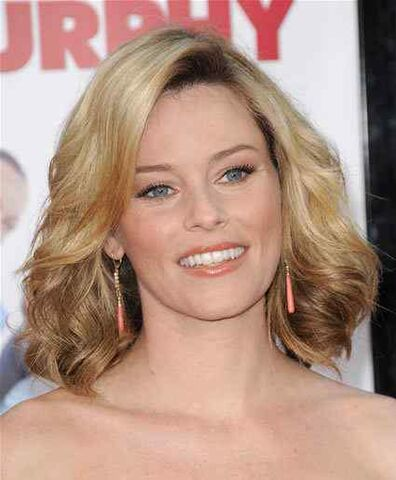 File:Elizabeth-banks-shoulder-length-blonde-hairstyle (1).jpg