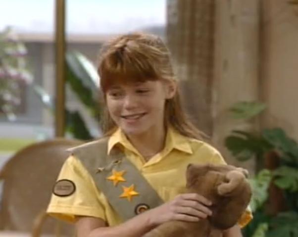 File:Sunshine Cadet Daisy - The Golden Girls.png