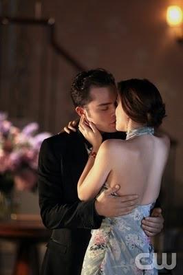 File:Gossip-girl-juliet-doesn't-live-here-anymore-chuck-blair-kiss.jpg