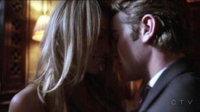 Gossip Girl Pilot 'The Kiss' Nate Serena