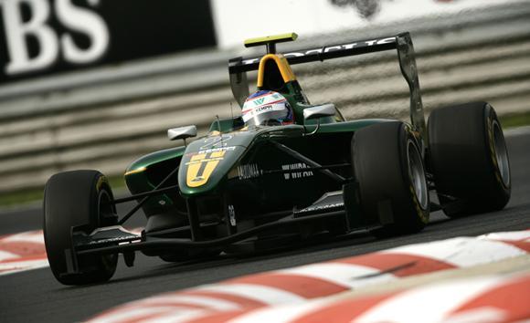 File:Valtteri-Bottas-takes-GP3-Series-lead-129718141420852951.jpg