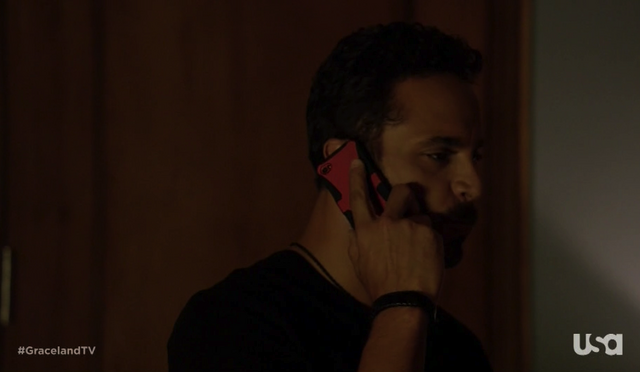 File:1x10-BriggsCall.png