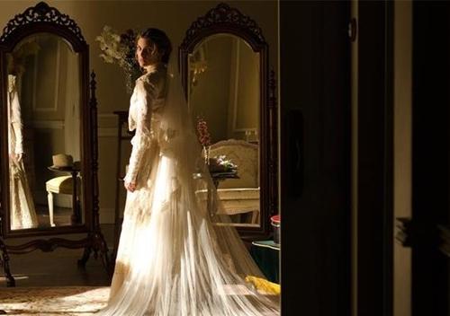 File:Alicia en el dia de su boda.jpg