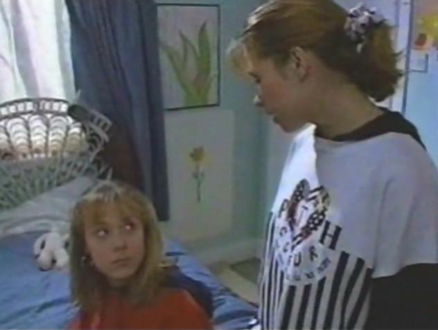 File:Chrissy Mainwaring's Teenage Pregnancy (Series 14)-21.png