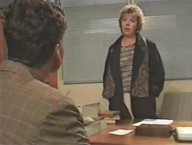 File:Chrissy Mainwaring's Teenage Pregnancy (Series 14)-4.png