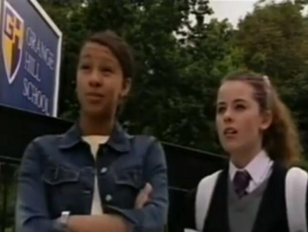 File:Karen Young and Tanya Young (Series 26).png