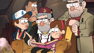 S2e20 Dipper points to scrapbook