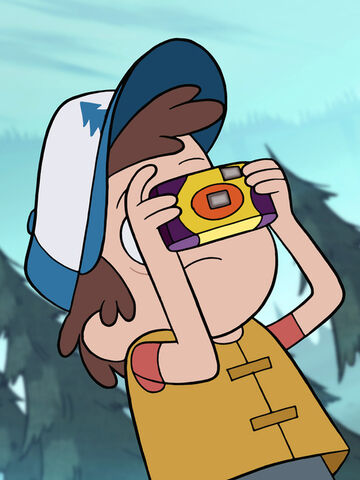 File:S1e2 dipper pines taking picture small.jpg