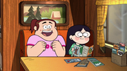 S2e16 candy and grenda