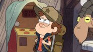 S1e1 dipper looking around