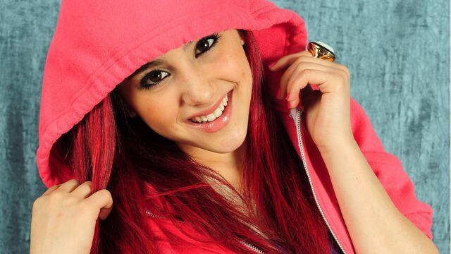 File:Ariana-grande-2013.jpg