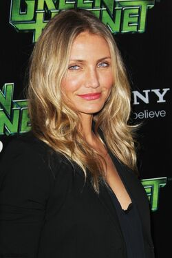 Cameron-The-Green-Hornet-Paris-Photocall-cameron-diaz-17622846-1267-1900