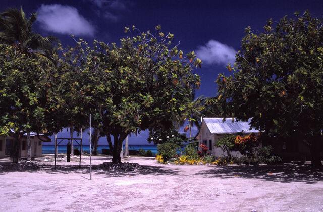 File:Funafuti (Tuvalu).jpg