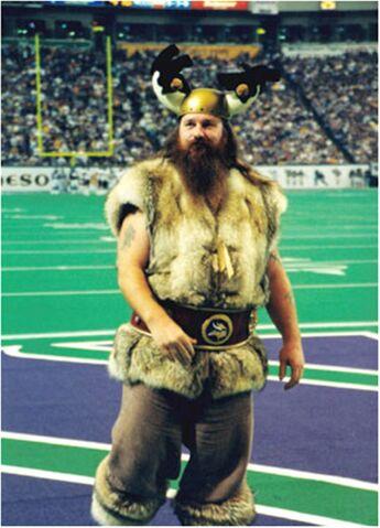 File:Vikings-ragnar1.jpg