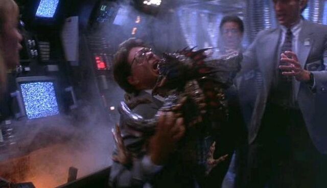 File:Mohawk's Killer Hug.JPG