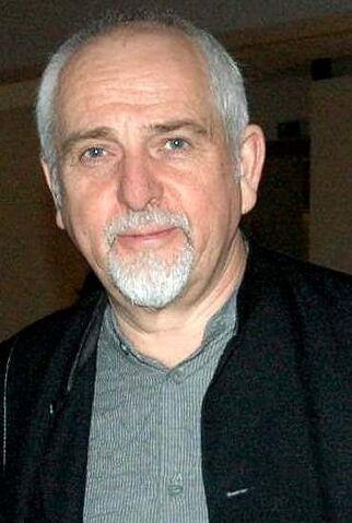 File:Peter Gabriel.jpg