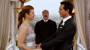 PP6x13Officiant1