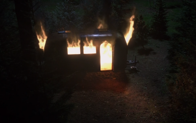 File:419-Trailer on fire.png