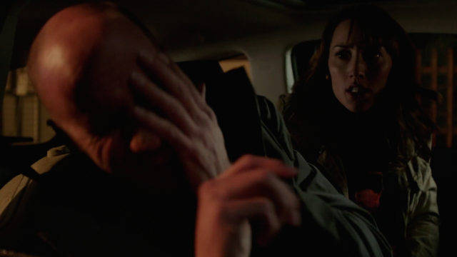 File:506-Rosalee punches Xavier.png
