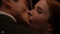 210-Juliette and Renard kiss