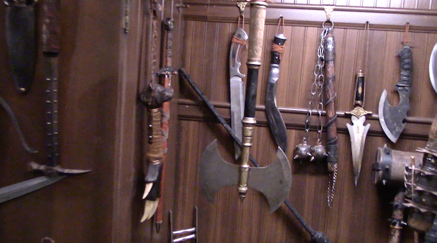 File:Weapons Cabinet BTS2.png