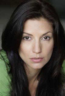 File:NicoleSherwin-Actress.jpg
