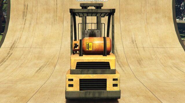 File:Forklift-GTAV-Rear.jpeg