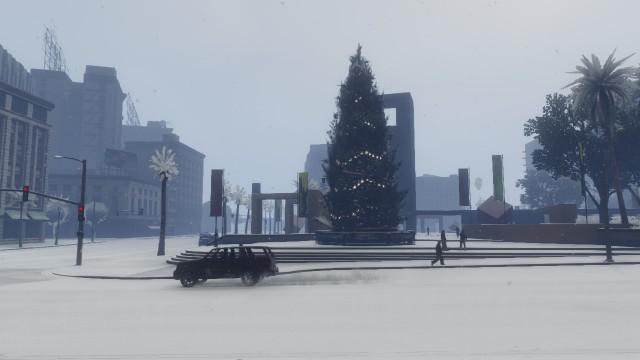 File:Festive Surprise GTAO Square Tree.jpg