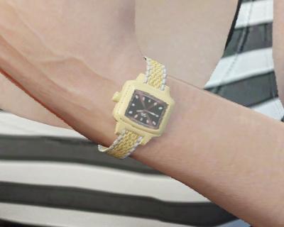 File:GTAO Watches Female GoldCaCa.jpg