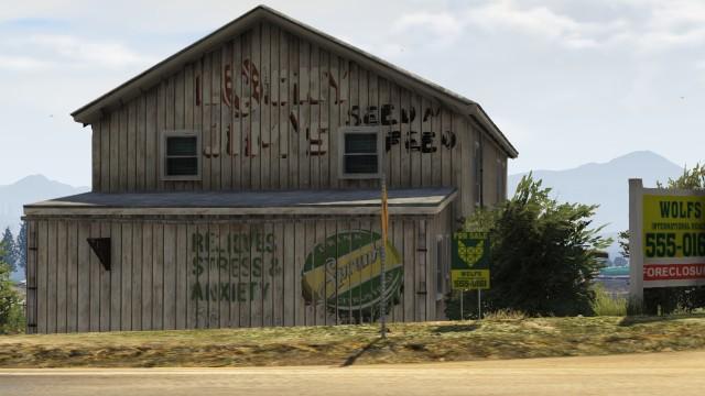 File:Lucky Jim's Seed Farm GTAV Barn.jpg