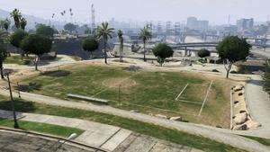 BrokerPark-GTAV-SoccerField