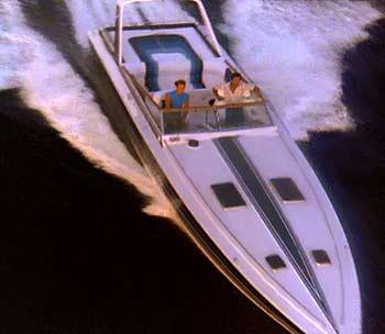 File:Miami-Vice-Tubbs-Crockett-Stinger-Boat.jpg