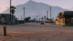 Niland Ave GTAV Looking North