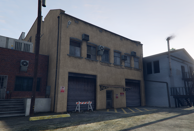 File:Hawick-GTAO-MCclubhouse.png