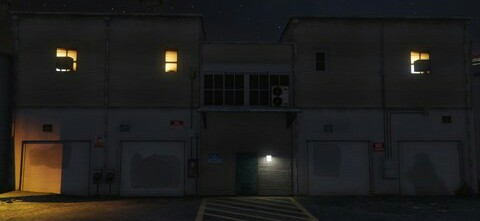 File:DelPerro-GTAO-Warehouse.jpg