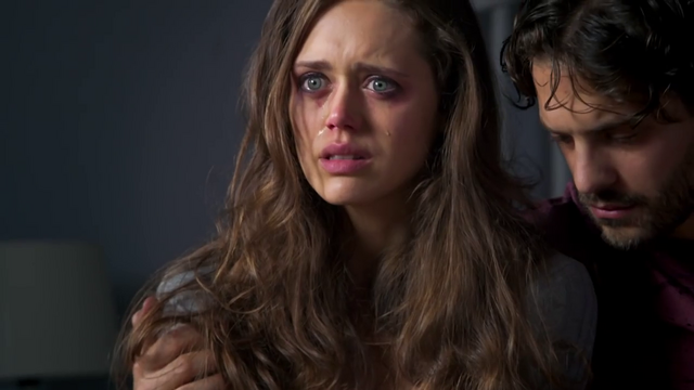 File:Grace in tears over Molly's death.png