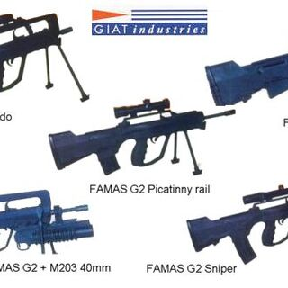 FAMAS G2 in different configurations