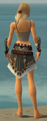 File:Warrior Vabbian Armor F gray arms legs back.jpg