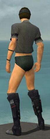 File:Assassin Shing Jea Armor M gray chest feet back.jpg
