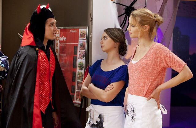 File:Halloween episode.jpg