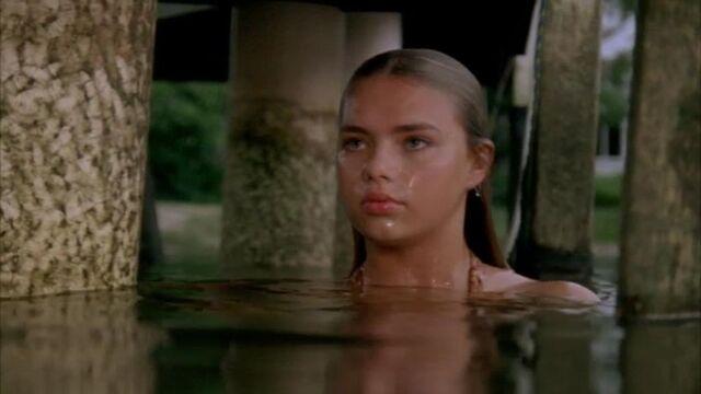 File:Bella in the Water.jpg