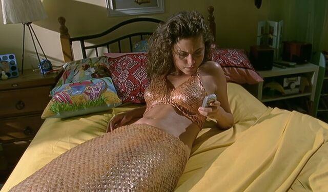 File:Cleo on Bed.jpg