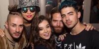 DNCE/Gallery