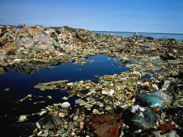 File:Trash Heap Water.jpeg