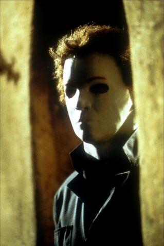 File:Halloween-20-ans-apr-os-02-g.jpg