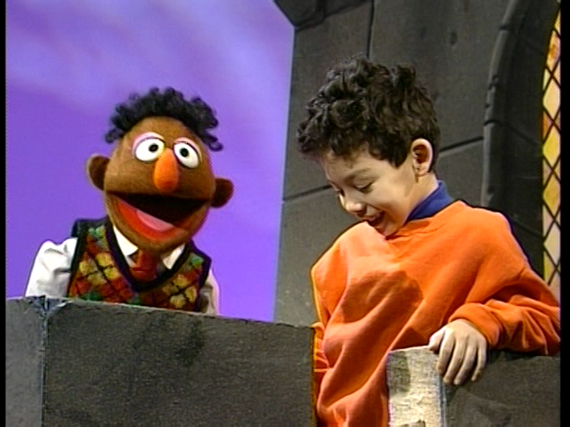 File:Elmo Says BOO! 369.png