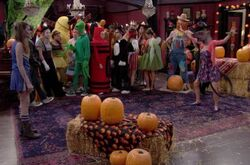 Haunted Halloween (The Haunted Hathaways)